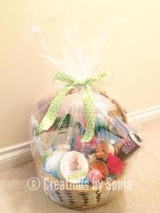 Spa Gift Basket by Creations by Sonia #giftbasket #giftideas