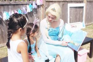 Frozen Birthday Party - Elsa {www.creationsbysonia.ca}
